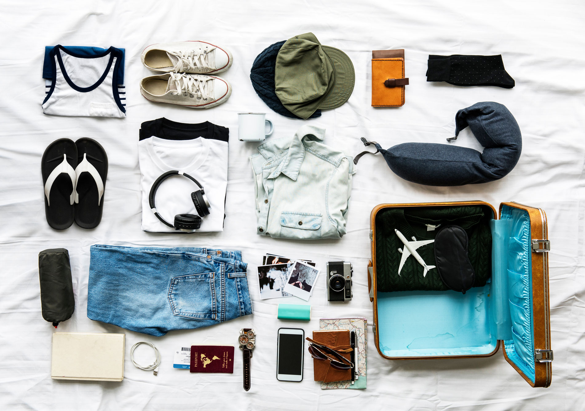 Ten Most Important Things You Have to Bring When You Travel